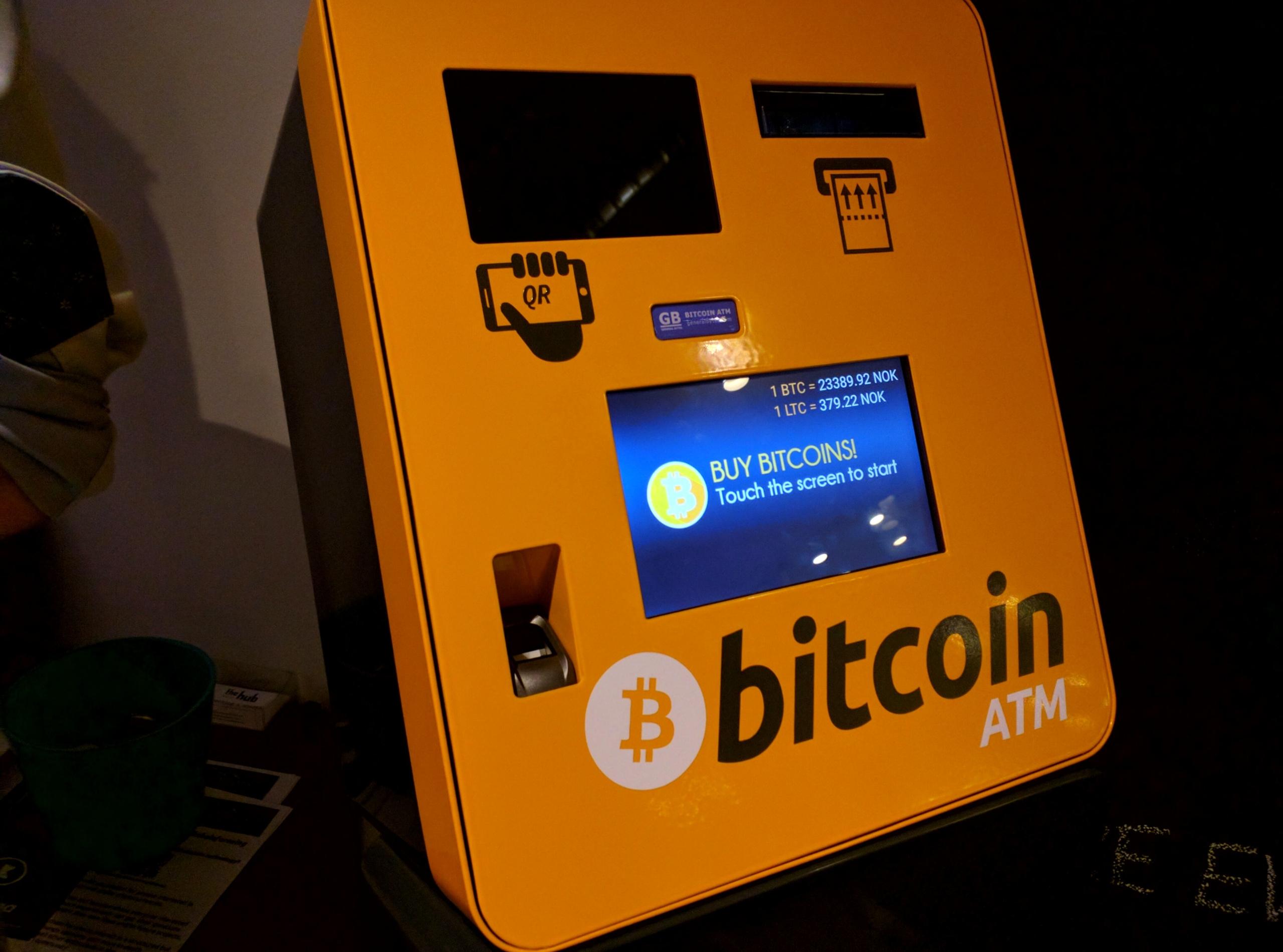 Počet Bitcoin bankomatov vo svete prekročil 10 000.