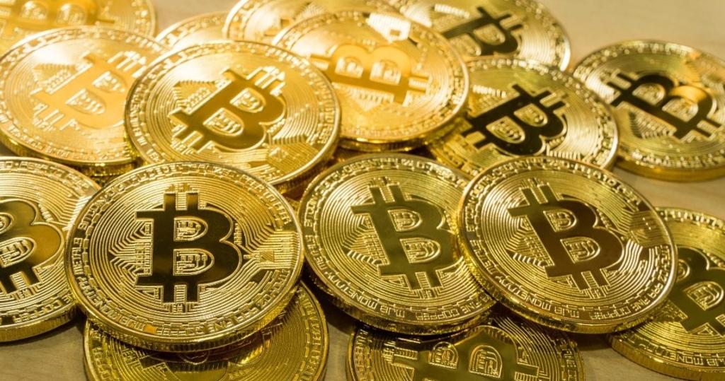 Najvyššia historicky-odoslaná suma v Bitcoine. A poplatok za transakciu? Uff..